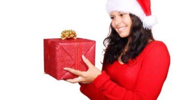 Čo darovať žene na Vianoce?