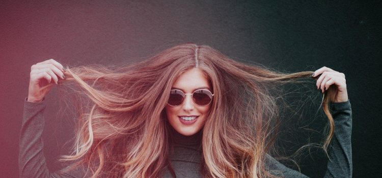 Domáce zázračné sérum pre krásne a zdravé vlasy. Vyskúšate?