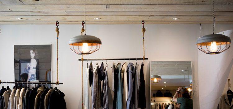 Ako spoznať, či je drahé oblečenie kvalitný alebo nie