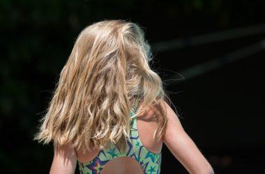 poškozené vlasy