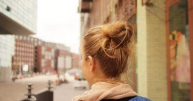 Šatník podľa farby vlasov. Čo pristane blondínkam?