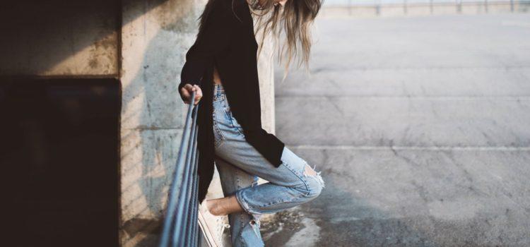 Typy džínsov, ktoré tvoria základ šatníka